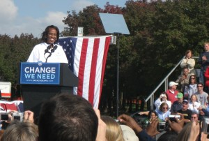 Jackie Joyner Kersee addresses the crowd